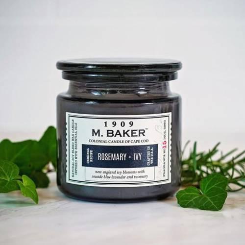 Colonial Candle M. Baker duża sojowa świeca zapachowa w słoju 14 oz 396 g - Rosemary & Ivy